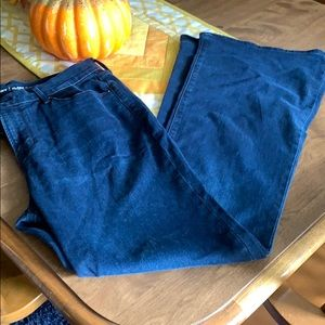 Old Navy flared jeans NWOT